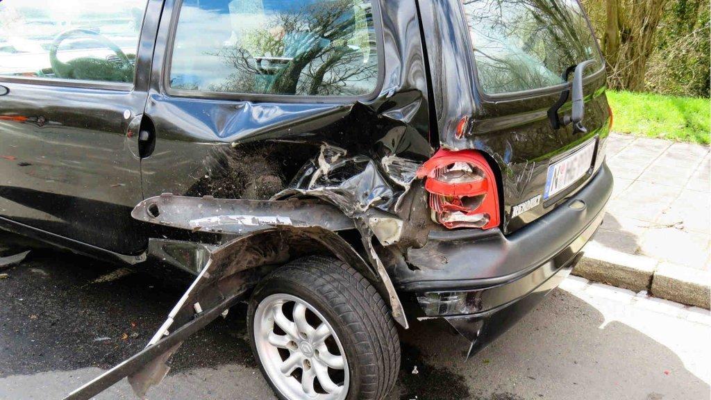 Schmerzensgeld nach Autounfall erhalten