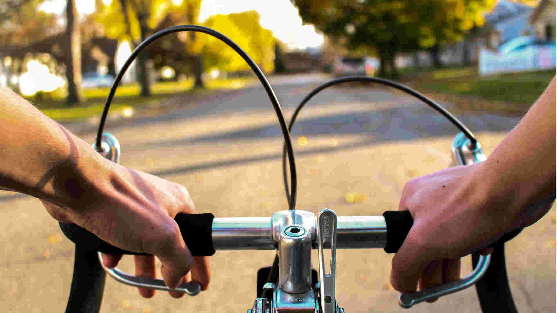 Gegnerische Versicherung nach Fahrradunfall ausfindig machen