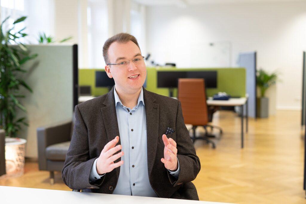 Tim Platner, Geschäftsführer